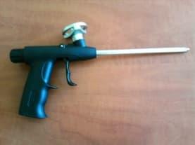 Пистолет дозиращ с метален адаптор и пластмасова дръжка