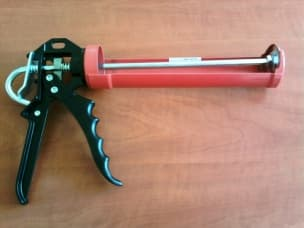 Tools - foam guns, sealant guns